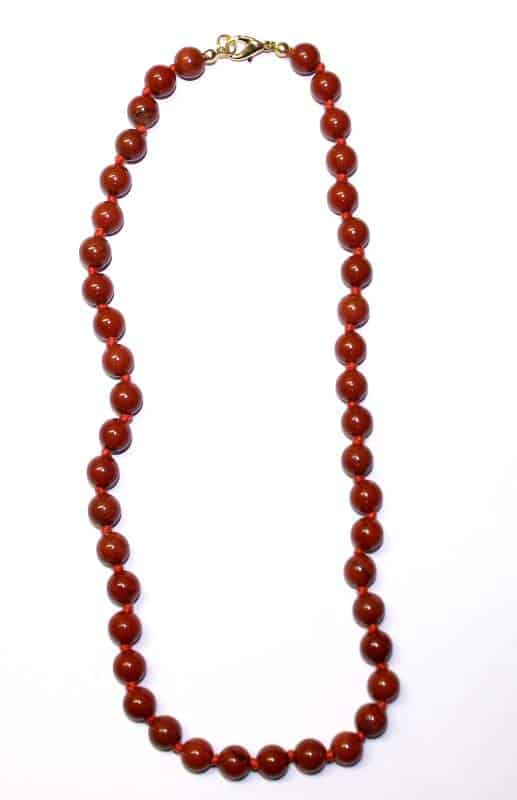 collier jaspe rouge boules